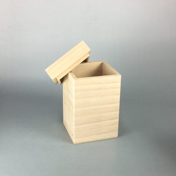ヤロウ蓋木箱